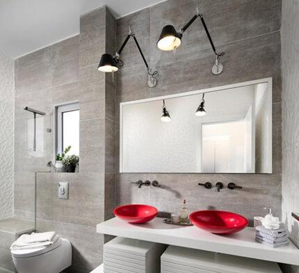 גופי תאורה לאמבטיה בסגנון מודרני