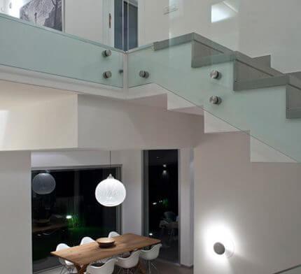 גופי תאורה לבית בפרויקט תאורה של שרון אקר מיכאל