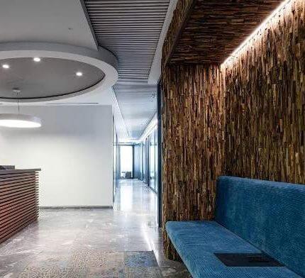 מנורות קיר בפרויקט תאורה במשרדי עמית מטלון פולק