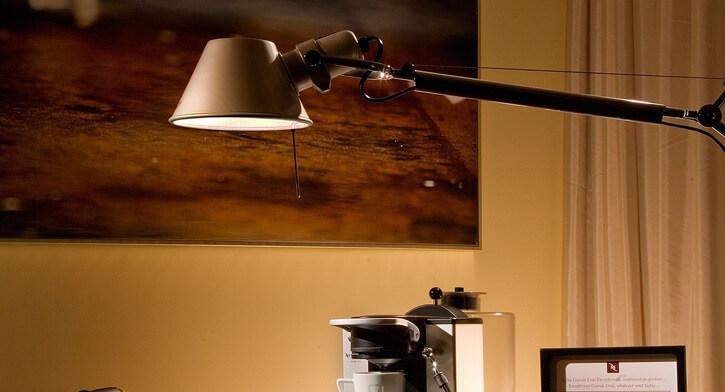 מנורות שקועי קיר בפרויקט תאורה במלון רדיסון בוקרשט