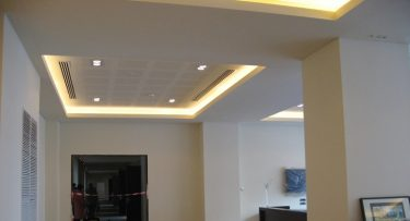 מנורות תקרה בפרויקט תאורה במלון רדיסון בוקרשט