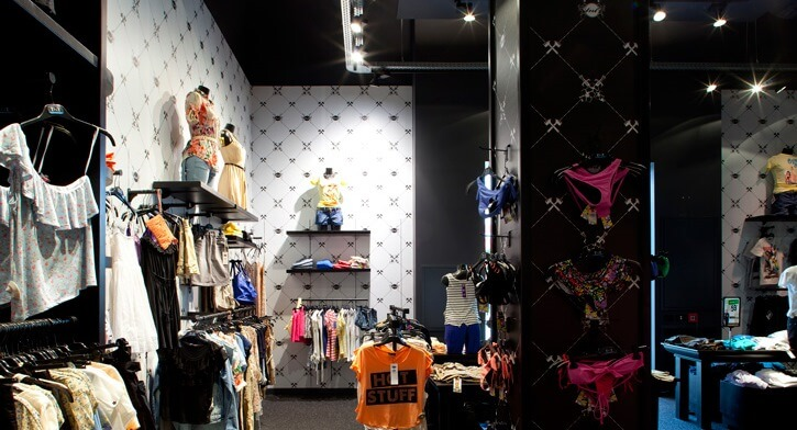 פרופילים בפרויקט תאורה ברשת חנויות אופנה TNT