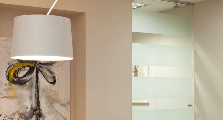 מנורות צמודי קיר בפרויקט תאורה במשרדי ארגנטולס
