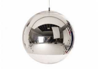 מנורות תלויות דגם MIRROR BALL של המותג הבינלאומי של גופי תאורה Tom Dixon
