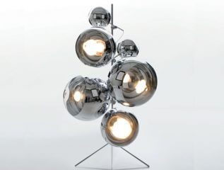 מנורות עומדות