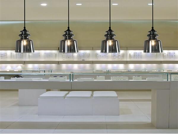 מנורות Cornelia של מותג תאורה בינלאומי לגופי תאורה Contardi