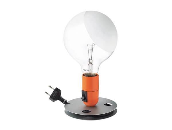 מנורות שולחן דגם LAMPADINA של המותג הבינלאומי לגופי תאורה flos כתום