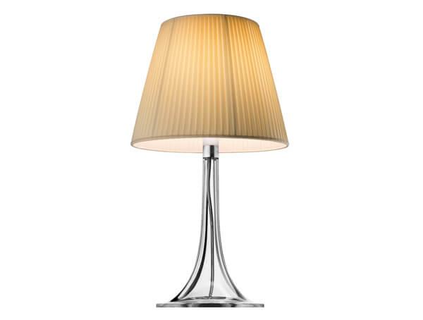 מנורות שולחן דגם MISS K של המותג הבינלאומי לגופי תאורה flos