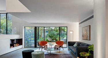 מנורות לסלון בפרויקט סמט אדריכלים