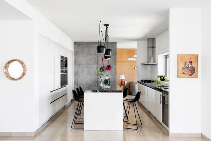 תאורה למטבח בפרויקט לוי חמיצר אדריכלים
