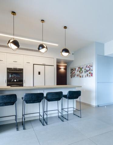 תאורה למטבח בפרויקט תאורה של ליאת עסיג