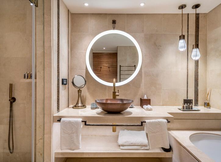 תאורה לאמבטיה בפרויקט מלון אוריינט