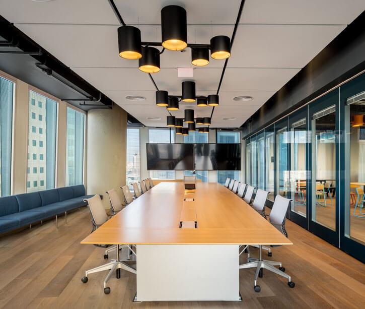 מנורות תקרה בפרויקט נילסן