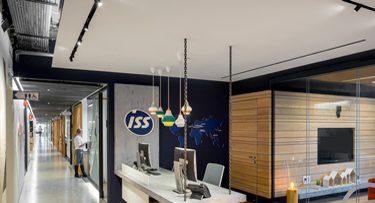 מנורות תקרה בפרויקט ISS